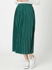 正義のセ 衣装 8話 スカート