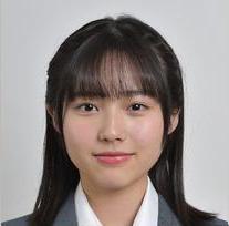 3年A組 秋田汐梨